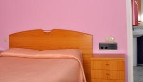 Habitación doble (cama grande)
