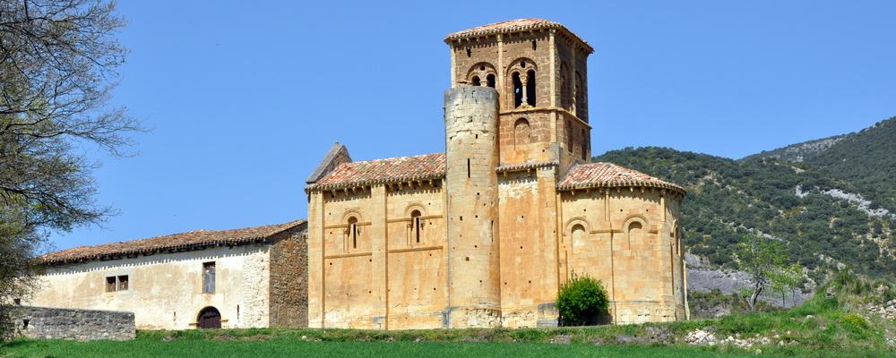 Puente Arenas - Iglesia románica de San Pedro de Tejada