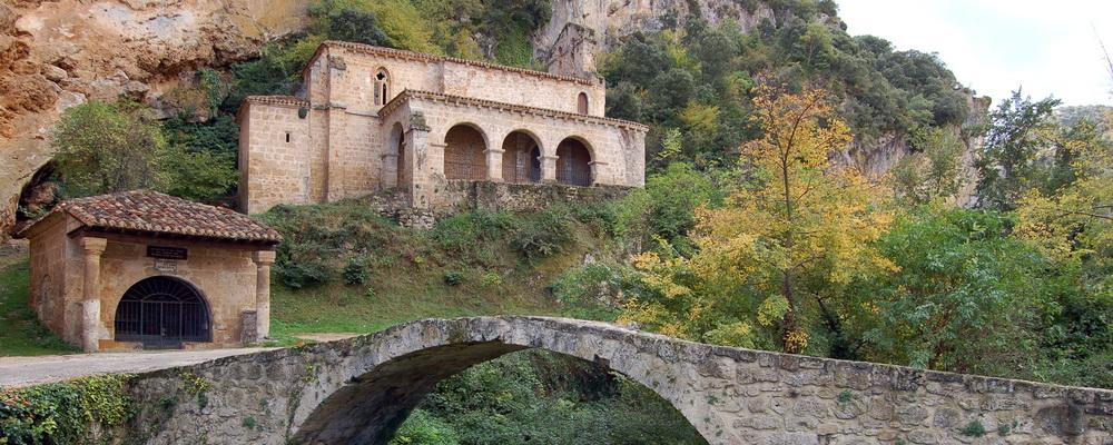 Tobera - Ermita del Cristo de los Remedios y Ermita de Santa María de la Hoz